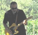 Dan Arciniega, Guitar
